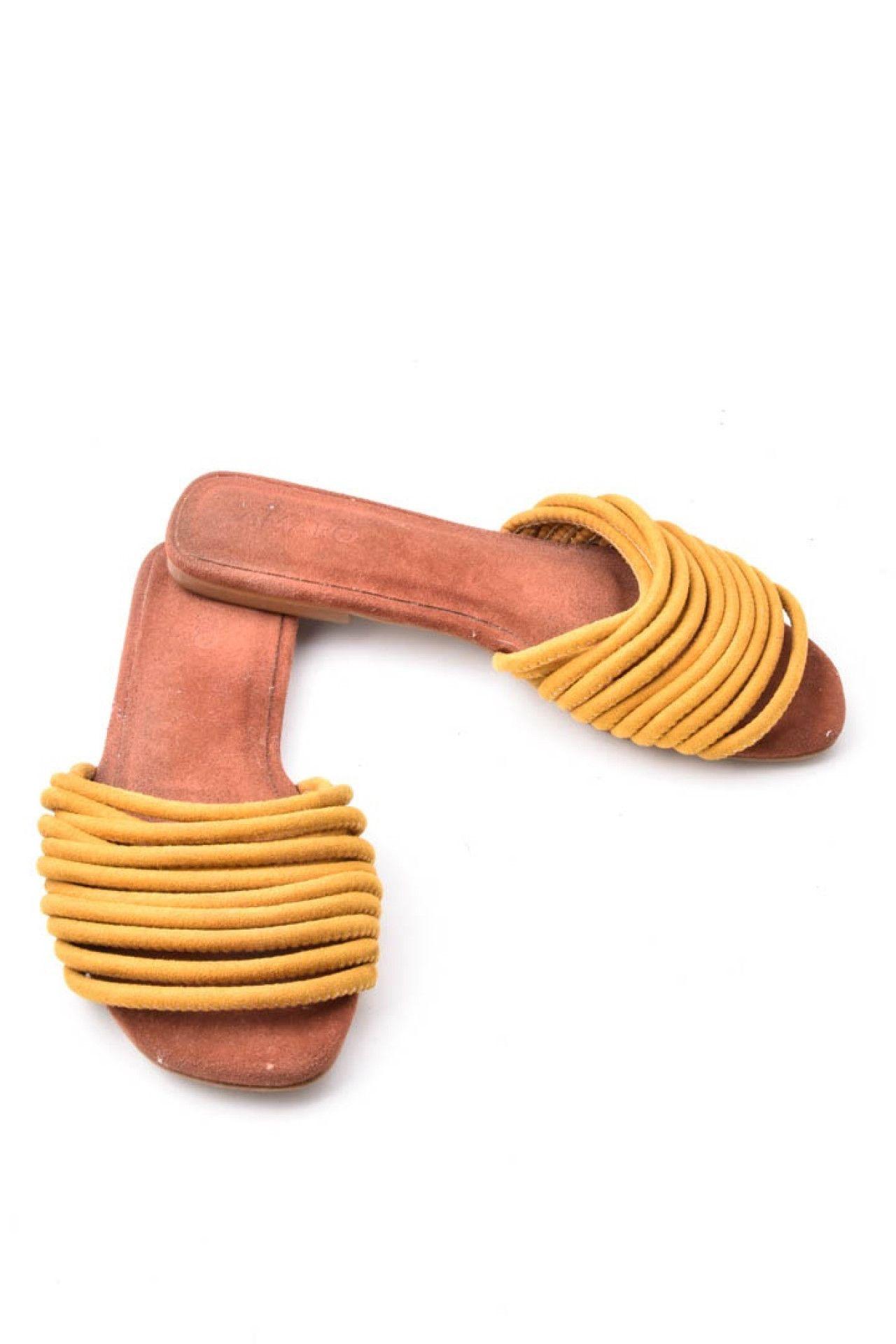 Amaro - Mule Tiras Amarelo - Foto 4