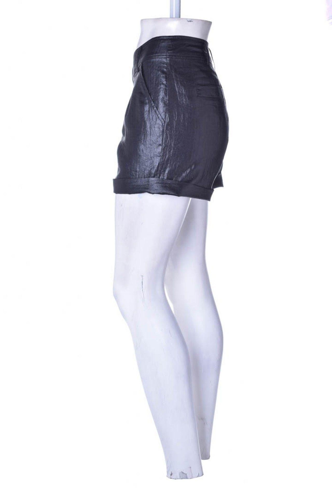 Armani Exchange - Shorts Alfaitaria Preto  - Foto 2