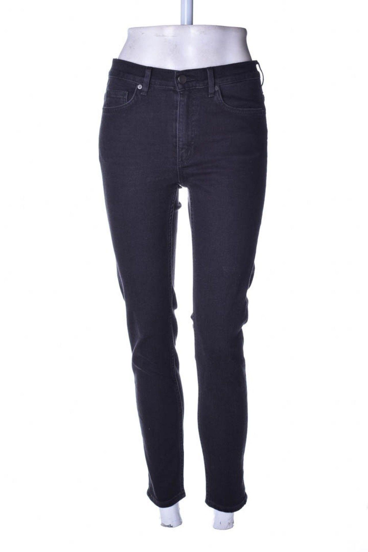 Cos - Calça Jeans Preta  - Foto 1