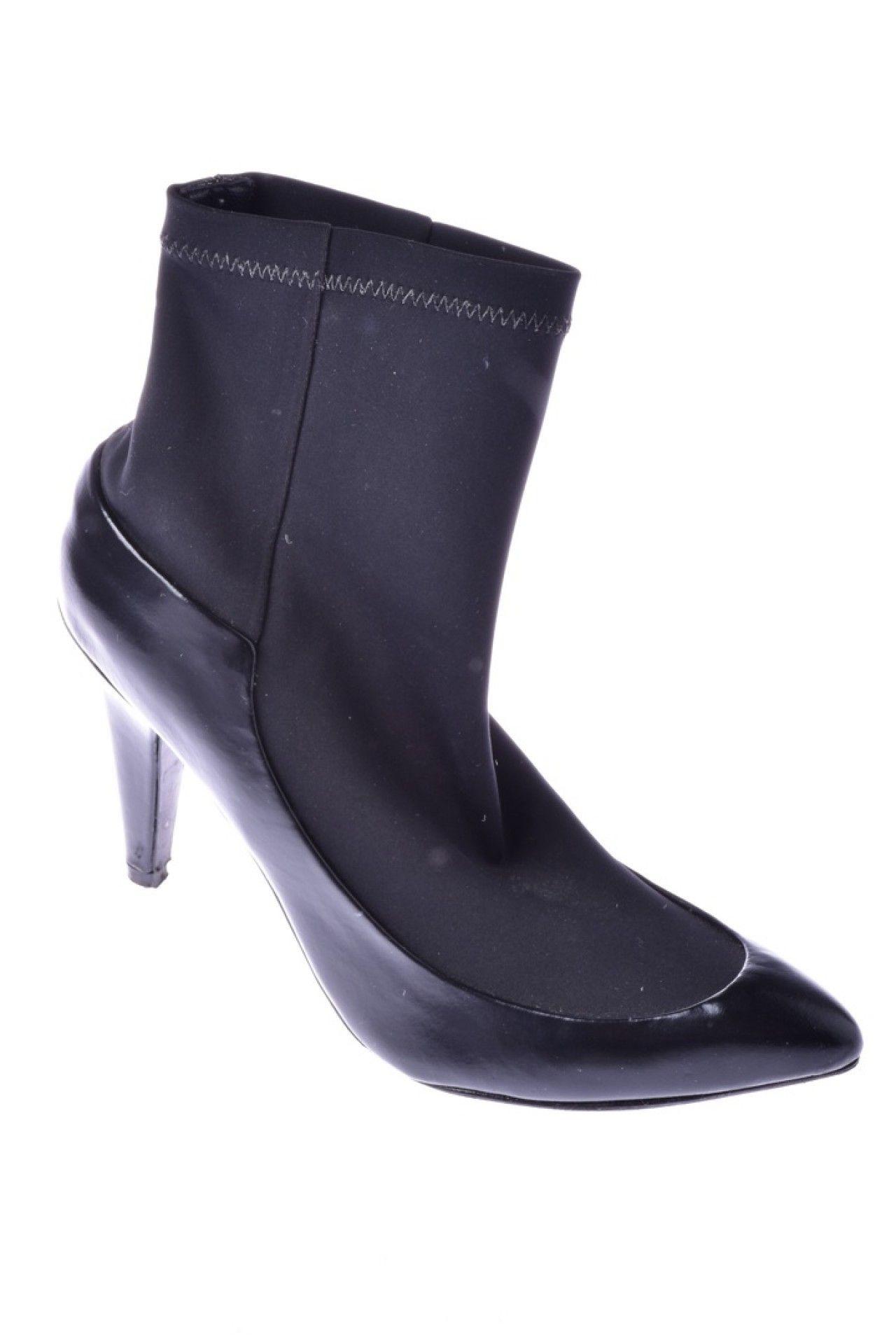 Tufi Duek - Sapato Preto Tecido  - Foto 1