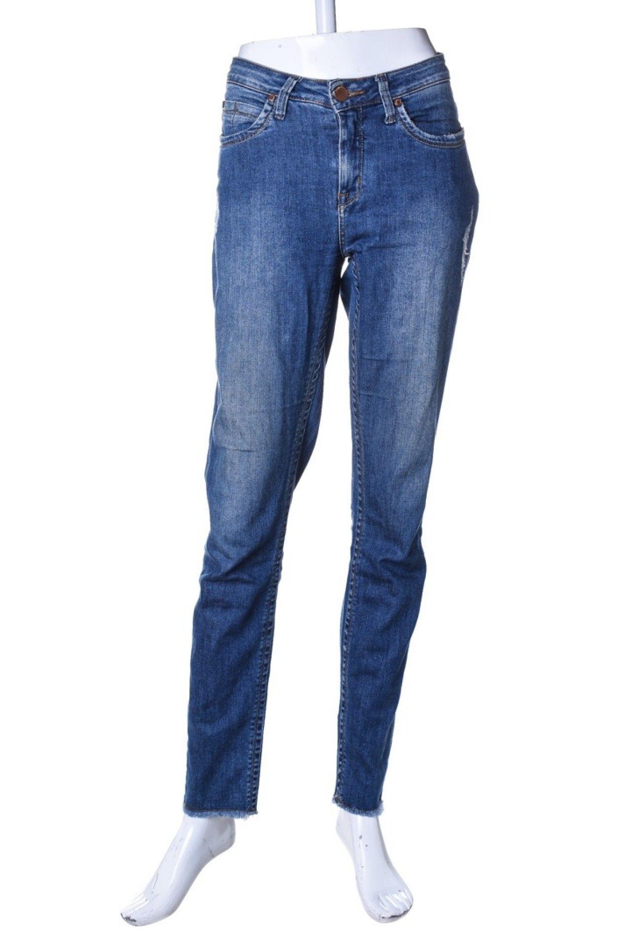 Calvin Klein - Calça Jeans Reta  - Foto 1