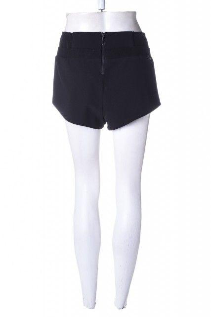"Shorts Preto Liso <br><span Class=""ownerbazarname"">Rafa Santos </span> Rosa Chá"