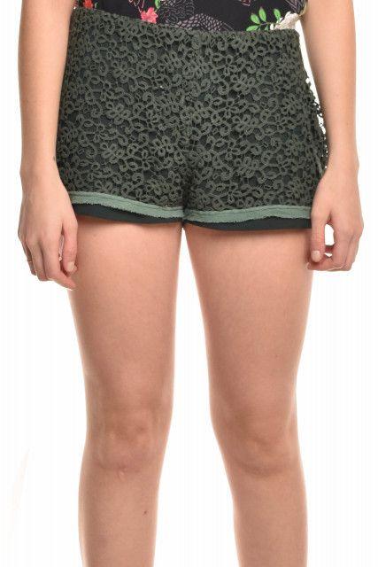 Shorts Renda Verde A.brand