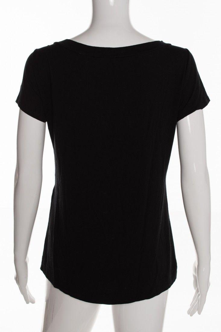 Mob - Camiseta Preta Flores - Foto 2